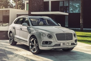Автосалон в Женеве 2018: Bentley Bentayga Hybrid